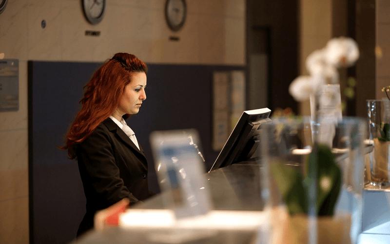 ホテル・旅館におすすめのメール管理システムの条件と使い方